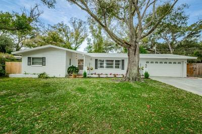 Clearwater Single Family Home For Sale: 1500 Winding Way W