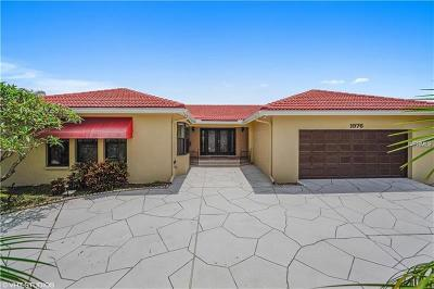 St Petersburg Single Family Home For Sale: 1976 Montana Avenue NE