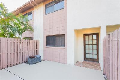 Clearwater Townhouse For Sale: 1904 Whitney Way
