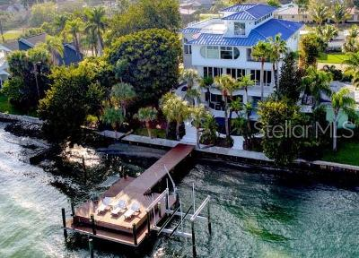 Clearwater Single Family Home For Sale: 821 Bay Esplanade