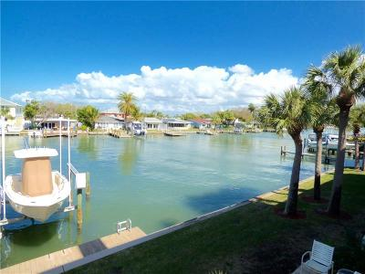Indian Rocks Beach Townhouse For Sale: 138 Marcdale Boulevard