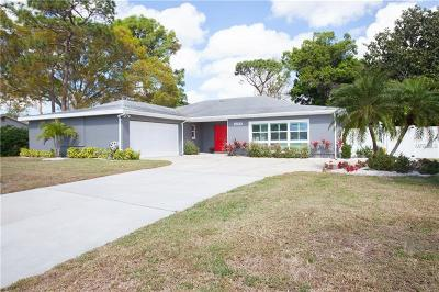 Seminole Single Family Home For Sale: 8830 Merrimoor Boulevard