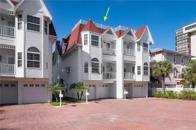 Madeira Beach Townhouse For Sale: 15330 Gulf Boulevard
