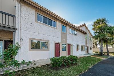 Tampa Condo For Sale: 6301 Newtown Circle #Unit 1A4