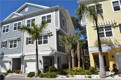 St Petersburg Townhouse For Sale: 3137 Moorings Drive S