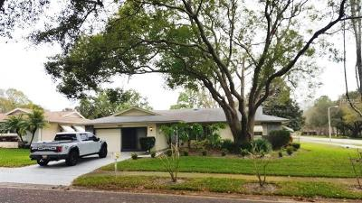 Palm Harbor Single Family Home For Sale: 2802 Cameron Court