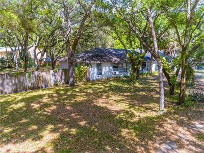 Oldsmar Single Family Home For Sale: 3754 Shore Boulevard