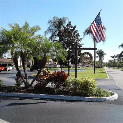 Seminole Condo For Sale: 219 Cedarwood Circle #219