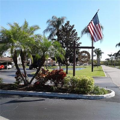 Seminole FL Condo For Sale: $98,000