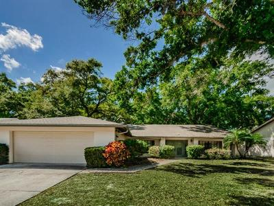 Palm Harbor Single Family Home For Sale: 297 Arbor Drive E