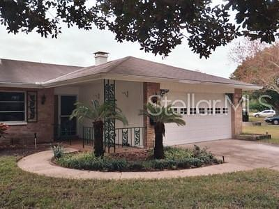 Pinellas County Single Family Home For Sale: 1968 Clearview Lake Drive