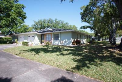 Palm Harbor Condo For Sale: 1131 Orange Tree Circle W #C