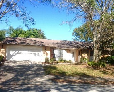 Palm Harbor Single Family Home For Sale: 1060 Persimmon Drive