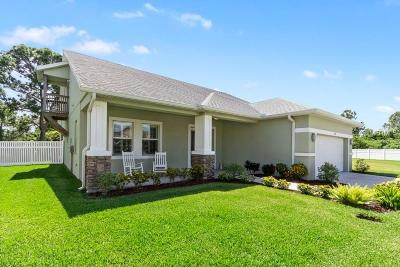 Oldsmar Single Family Home For Sale: 209 Bengal Circle