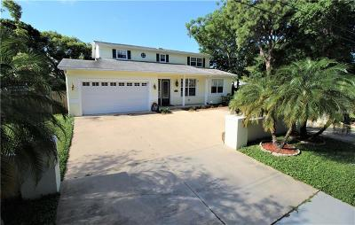 St Petersburg Single Family Home For Sale: 11240 Cherokee Drive