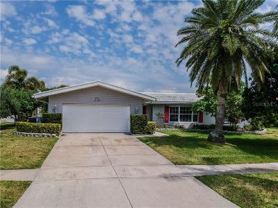 Clearwater Single Family Home For Sale: 631 Snug Island