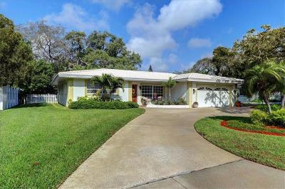 Belleair Single Family Home For Sale: 1722 Meredith Lane