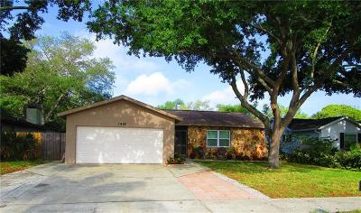 Dunedin Single Family Home For Sale: 1442 Chesterfield Drive