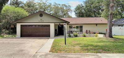 Palm Harbor Single Family Home For Sale: 945 Winding Oaks Drive