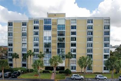 Clearwater Condo For Sale: 855 Bayway Boulevard #801