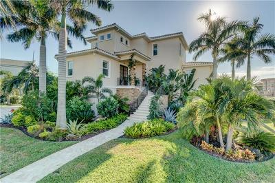 Redington Shores Single Family Home For Sale: 101 Forest Hills Drive