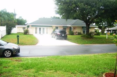 Clearwater Single Family Home For Sale: 2460 Brentwood Drive