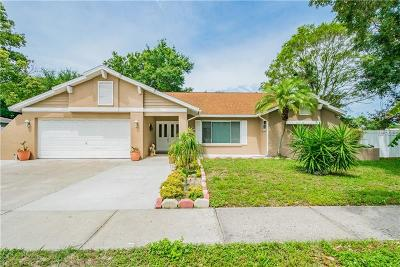 Dunedin Single Family Home For Sale: 2693 Colony Drive