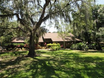 Sarasota Single Family Home For Sale: 4932 Hidden Oaks Trail