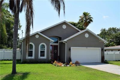 Largo Single Family Home For Sale: 711 Maccrillas Road