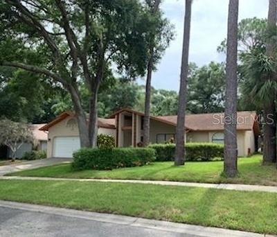 Palm Harbor Single Family Home For Sale: 2143 Salisbury Court
