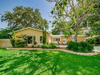 Saint Petersburg Single Family Home Pending: 821 Bay Vista Blvd S