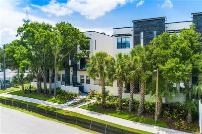 Tampa Townhouse For Sale: 4810 W McElroy Avenue #2