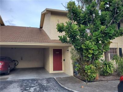 Tampa Townhouse For Sale: 7609 La Mesita Court
