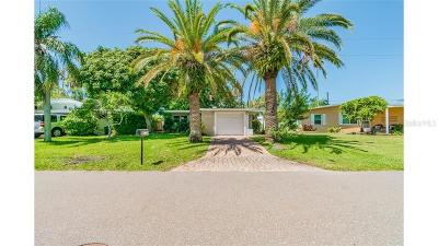 Redington Shores Single Family Home For Sale: 16208 2nd Street E