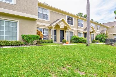 Palm Harbor Townhouse For Sale: 2897 Thaxton Drive #65