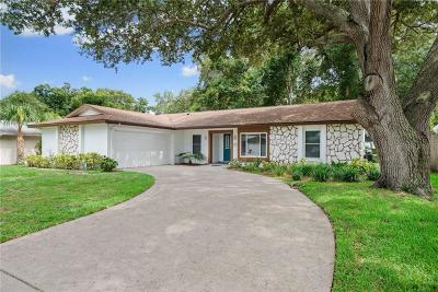 Palm Harbor Single Family Home For Sale: 2824 Paddock Drive