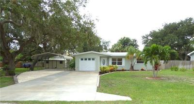 Largo Single Family Home For Sale: 14686 Pine Drive