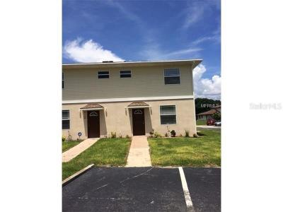 Tampa Townhouse For Sale: 2110 Pine Chace Court