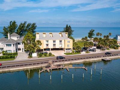 Indian Shores Condo For Sale: 20204 Gulf Boulevard #4