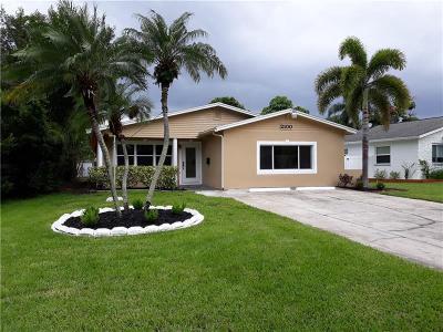 St Petersburg Single Family Home For Sale: 2100 Bayou Grande Boulevard NE