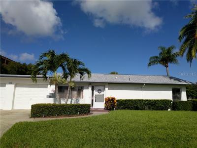 Palm Harbor Condo For Sale: 2638 Highlands Boulevard #B