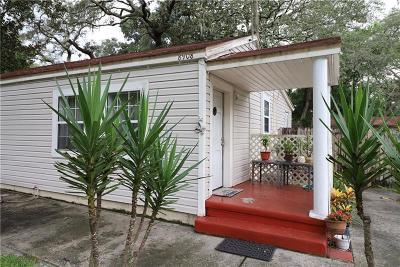 Single Family Home For Sale: 8908 N Dexter Avenue
