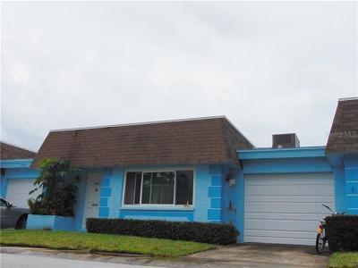 Pinellas Park Condo For Sale: 7050 Versailles N