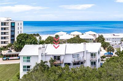 Indian Shores Townhouse For Sale: 19835 Gulf Boulevard