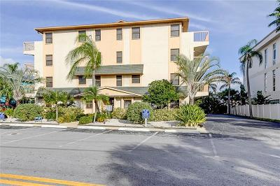Clearwater Townhouse For Sale: 479 E E. Shore Drive Drive #3