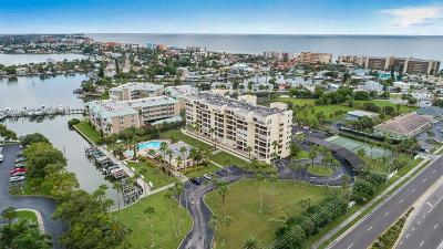 Madeira Beach Condo For Sale: 401 150th Avenue #276