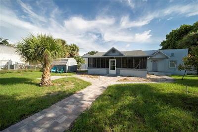 Tarpon Springs Single Family Home For Sale: 126 E Boyer Street