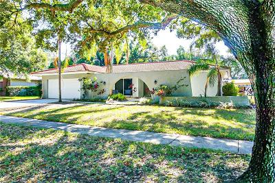 Clearwater, Cleasrwater, Clearwater` Single Family Home For Sale: 2677 Clubhouse Drive N