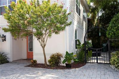 Palm Harbor Townhouse For Sale: 274 Orange Street