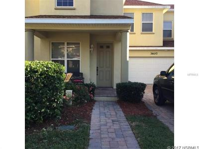 New Smyrna Beach Townhouse For Sale: 3607 Tresto Street